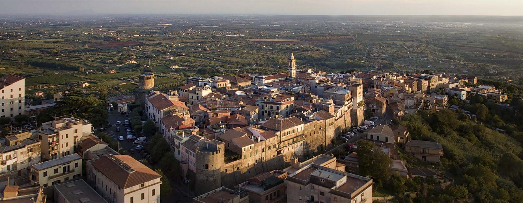 "Lanuvio ، لؤلؤة ""القلاع الرومانية"" ، بين التاريخ والأسطورة"