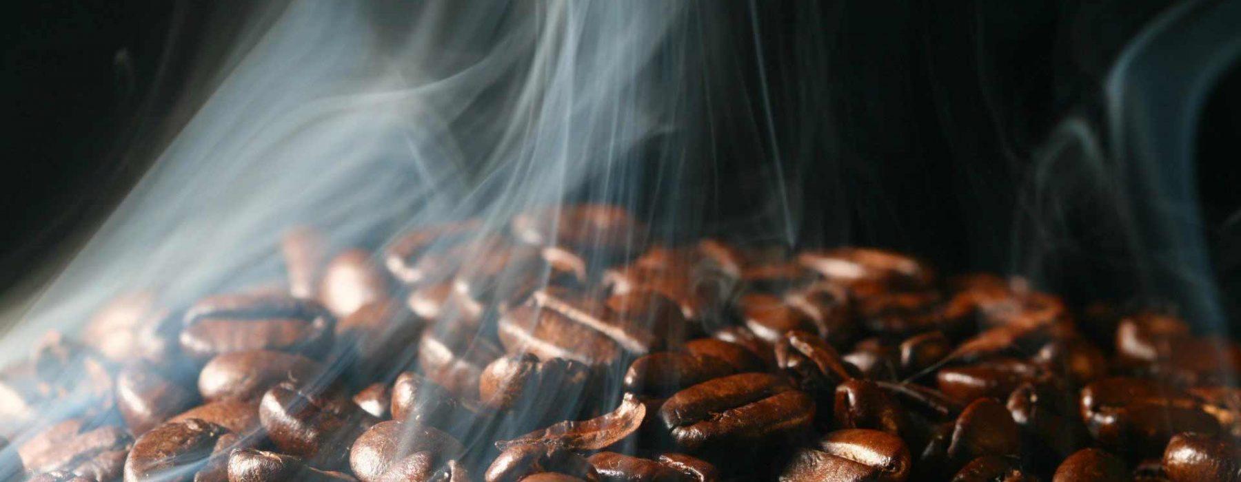 Da torrefacção artesanal o café italiano mais autêntico